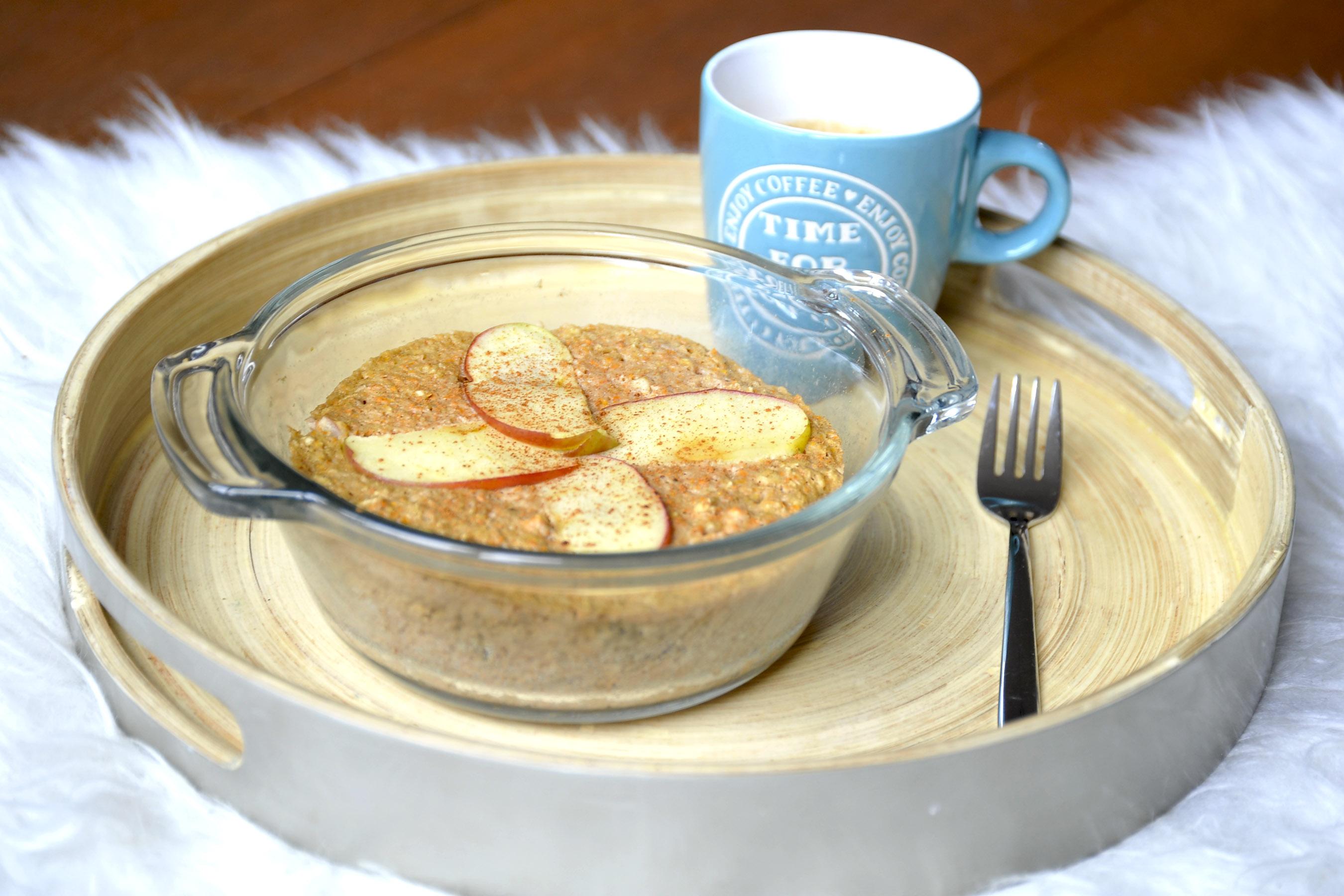 Apple pie carrot mug cake