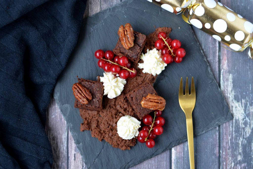 brownie chocolade mousse gekarameliseerde gezouten pecannoten mascarpone