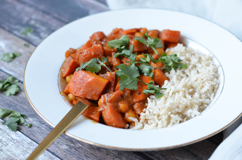 vegetarische curry madras met pompoen en kikkererwten