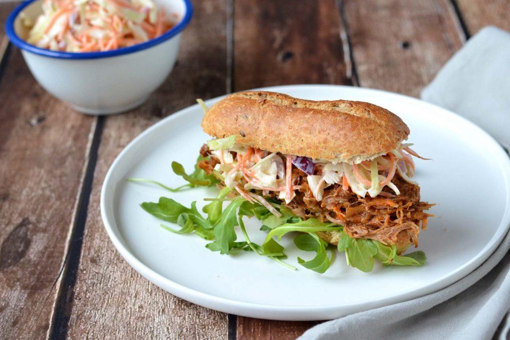 Bedwelming Het Lekkerste Broodje Pulled Pork Maak je Zelf! - HealthiNut @DQ37