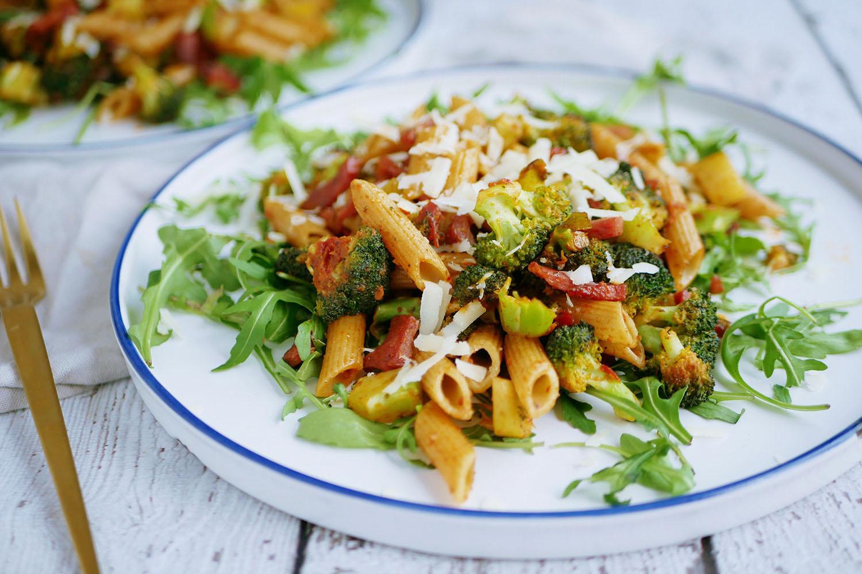 Recept kalkoenspekjes broccoli rucola